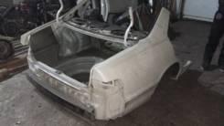 Задняя часть автомобиля. Toyota Camry Gracia