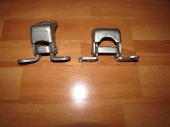 Крепление боковой двери. Honda Civic, FD2, FD3, FD1