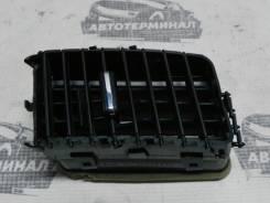 Дефлектор в торпедо центральный правый Mitsubishi Lancer X CY2A 4A91