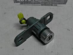 Личинка замка багажника Lancer X [4A91]