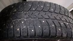 Bridgestone Ice Cruiser 5000. Зимние, шипованные, 2014 год, износ: 70%, 2 шт