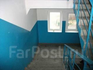 1-комнатная, улица Гризодубовой 49. Борисенко, частное лицо, 36 кв.м. Подъезд внутри