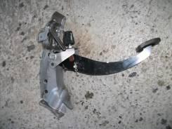 Педаль тормоза. Subaru Legacy, BLE, BP5, BL, BL5, BP9, BP, BL9, BPE Двигатели: EJ20X, EJ253, EJ203, EJ30D, EJ20C