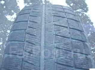 Bridgestone Blizzak Revo GZ. Зимние, без шипов, 2011 год, износ: 50%, 1 шт