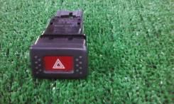 Кнопка включения аварийной сигнализации. Nissan Bluebird, EU14, HNU14, ENU14, HU14, SU14, QU14 Двигатели: SR18DE, SR20DE, CD20E, SR20VE, QG18DE, CD20...