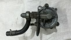 Вакуумный насос. Mitsubishi Canter