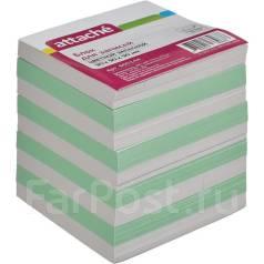 Блоки бумаги для заметок.