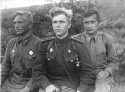 Гимнастерка Российской армии времен ВОВ
