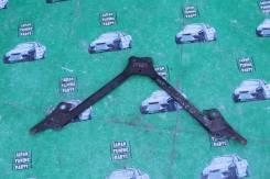 Распорка. Toyota Verossa, JZX110 Toyota Crown, JZS171, JZS175W, JZS175, JZS171W Toyota Altezza, GXE10W, JCE10, GXE10 Toyota Mark II, JZX110 Lexus IS20...