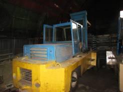 Львовский погрузчик. Продаётся погрузчик-кран 5т., 2 700 куб. см., 5 000 кг.