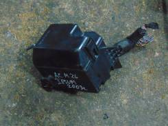 Блок предохранителей под капот. Toyota Ipsum, ACM26W, ACM26 Двигатель 2AZFE