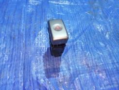 Кнопка включения аварийной остановки. Subaru Forester, SG, SG5, SG9