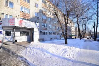 Помещение на красной линии с 2 входами. 270 кв.м., улица Джамбула 12, р-н Кировский