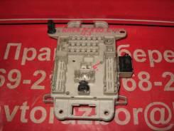 Блок предохранителей салона Toyota RAV4 ACA21 82733-42080 82733-42081 PP-GF5+T30