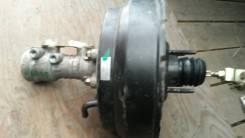 Цилиндр главный тормозной Isuzu Elf NKR69 4JG2 с вакуумом б/у
