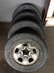 Продам колеса в сборе 235/70/16 на дисках. 6.5x16 5x139.70 ET25