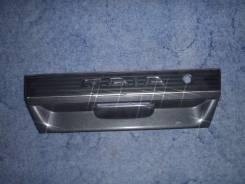 Накладка на дверь багажника. Toyota Gaia, SXM15G, SXM10G, CXM10G