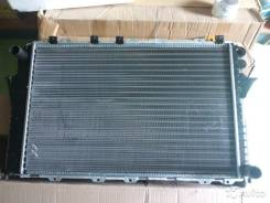 Радиатор охлаждения двигателя. Audi 100