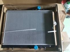 Радиатор охлаждения двигателя. Peugeot 206