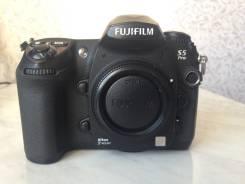 Fujifilm FinePix S5 Pro. 10 - 14.9 Мп