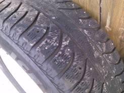 Bridgestone 738V. Зимние, шипованные, 2013 год, износ: 50%, 2 шт