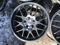 Sparco. 7.0x17, 5x114.30, ET52, ЦО 73,0 мм.