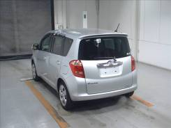 Toyota Ractis. 100