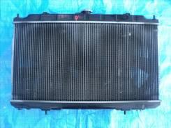 Радиатор охлаждения двигателя. Nissan Bluebird Sylphy, QG10, TG10, FG10 Nissan Sunny, FB15, B15, FNB15 Двигатели: QG18DE, QR20DD, QG15DE, QG13DE