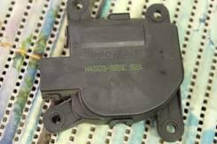 Мотор заслонки отопителя. Hyundai Solaris, RB Двигатель G4FC