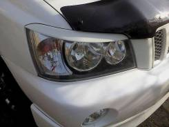 Накладка на фару. Toyota Kluger. Под заказ