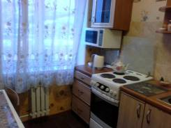 2-комнатная, улица Ленинградская 65/1. район комсомольской площади, частное лицо, 44 кв.м.