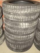 Bridgestone Blizzak Revo2. Зимние, 2011 год, износ: 10%, 2 шт