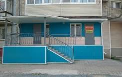 Сдам в аренду помещение (бывший магазин). 65 кв.м., улица Советская 15, р-н Советская. Дом снаружи
