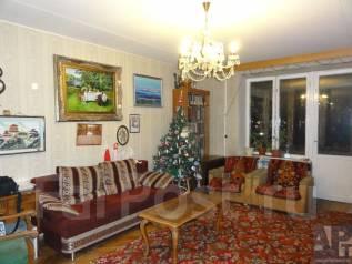 2-комнатная, улица Марии Ульяновой 6. агентство, 56 кв.м.