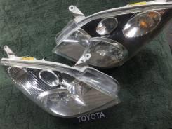 Фара. Toyota Corolla Spacio