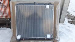 Радиатор охлаждения двигателя. Nissan Xterra, N50 Nissan Pathfinder, R51, R51M Nissan Navara Двигатели: VQ40DE, VQ40, V9X