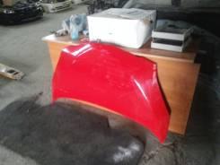 Капот. Toyota Ractis, SCP100
