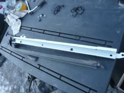 Полозья для сдвижной двери. Toyota Voxy, ZRR75