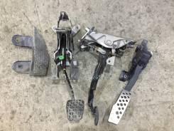 Педаль. Mazda RX-8, SE3P