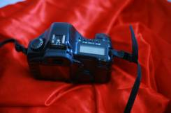 Canon EOS 5D Body. 10 - 14.9 Мп, зум: без зума