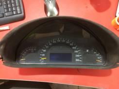 Панель приборов. Mercedes-Benz W203