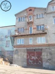 Продается офисное здание в г. Владивостоке. Улица Жигура 11, р-н Третья рабочая, 250 кв.м. Дом снаружи