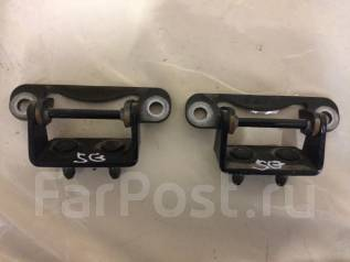 Крепление двери багажника. Subaru Forester, SG5, SG