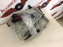 Крепление аккумулятора. Nissan Teana, J32 Двигатель VQ25DE