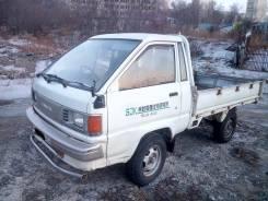Toyota Town Ace. Продаётся грузовик Toyota TOWN ACE, 2 000 куб. см., 750 кг.