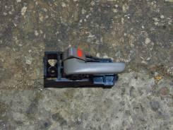 Ручка двери внутренняя. Toyota Gaia, SXM10, SXM15G, SXM10G, SXM15 Двигатель 3SFE