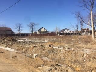 Продаётся земельный участок, 12 соток, в собственности. 1 200 кв.м., собственность, электричество, вода, от частного лица (собственник). Фото участка