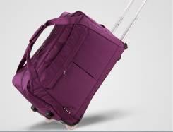 Дорожные сумки и чемоданы.