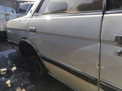 Дверь боковая. Toyota Chaser, SX70, GX71, LX70