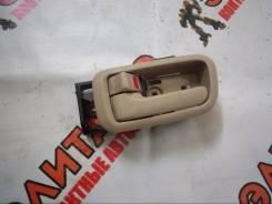 Ручка двери внутренняя. Toyota Land Cruiser, HDJ101, HDJ101K, HZJ105, UZJ100L, UZJ100, HDJ100L, UZJ100W, HDJ100 Двигатели: 1HZ, 1HDT, 1HDFTE, 2UZFE